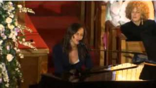 FULL: Alicia Keys performs Send Me An Angel at Whitney Houston Funeral