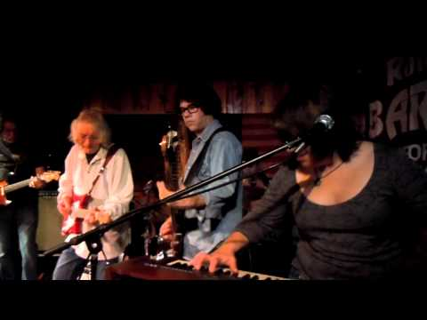 Hot Roux with Albert Lee @ Ronnie Mack's Barndance 2-6-12