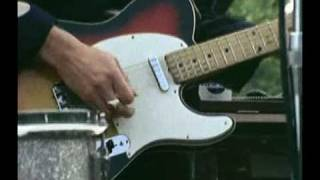 Watch Eric Clapton Sleeping In The Ground video