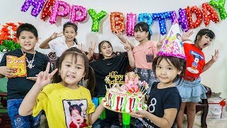 Kids Go To School | Chuns Holidays And Family Going To Supermarket To Buy Cake Invite Friends
