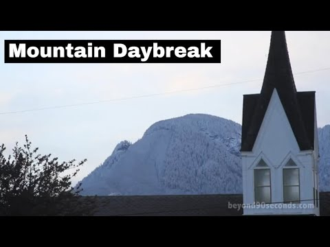 Mountain Daybreak: Sultan & Gold Bar (WA) / Nov. 19, 2011