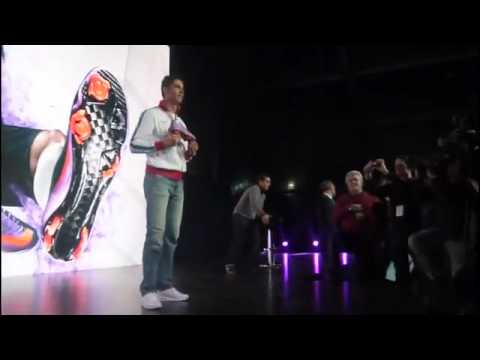 Cristiano Ronaldo shows off the new Mercurial Superfly II HQ(advance) Video