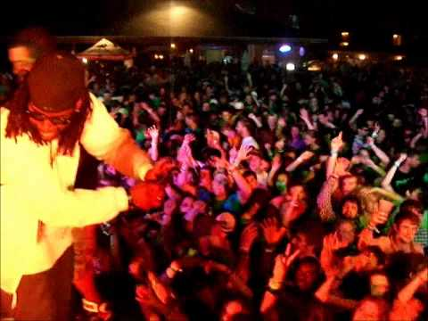 Video of clayton s beach bar is the largest beach bar in texas mtv