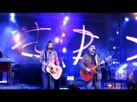 Third Day - Children Of God - Com Marcus Salles, Em Português - Adora Heavens 2011 video
