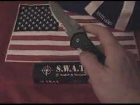 Smith & Wesson SWAT Spring Assist Knife