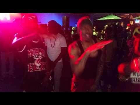 nick cannon in jamaica at mojito Monday danceing gabbidon new dance (gim iway) 2k15