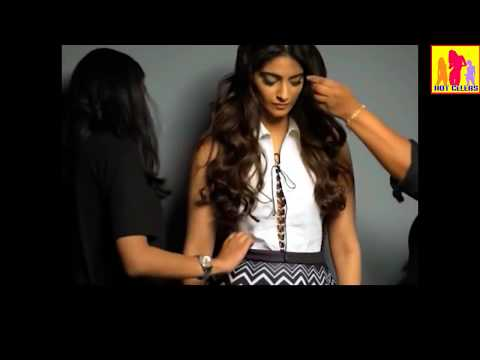 Oops Sonam Kapoor Dirtiest Almost nude photoshoot for Filmfare 2017 thumbnail