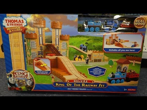 Thomas Deluxe King Of The Railway Set - Thomas & Friends video