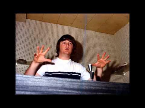 Glen Campbell - Guess Im Dumb