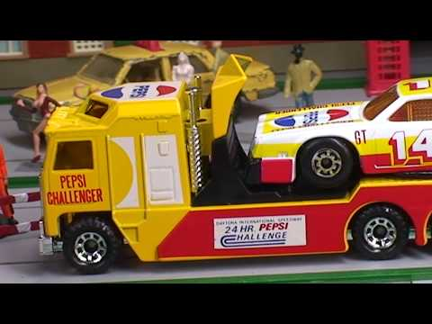Toy Trucks with Race Cars MatchboxTeam Convoy Diecast Trucks
