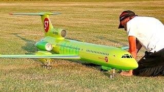 BIG RC AIRLINER MODEL TUPOLEV TU-154M S7 SIBERIA AIRLINES JET DEMO FLIGHT / Airliner Meeting 2015