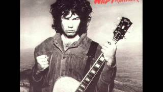 Watch Gary Moore Thunder Rising video