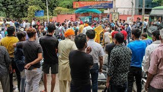 Mukherjee Nagar case: People stage protest in support of auto driver