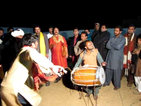 Best Dhol Player Of Pakistan Plus Awesome Dance video