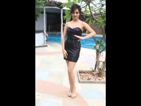 Neha Sharma Hot video