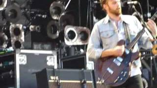 Watch Kings Of Leon Mary video