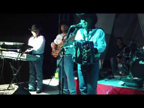 Amor Limosnero-Chuy Pérez La Sombra Del Norte