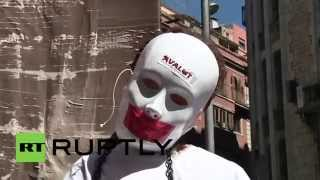 (Spain) Thousands demand an end to austerity in Barcelona  4/6/14