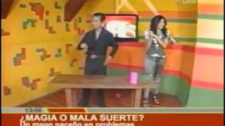 Thumb Mago Paceño se lastima la mano en pleno truco de magia (Unitel)