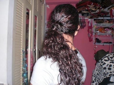 Peinado simple y fácil para cabello rizado