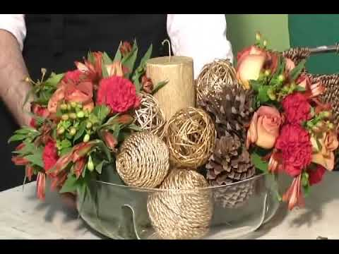 Como fazer arranjo de natal e ano novo de centro de mesa-how to make merry christmas arrangement