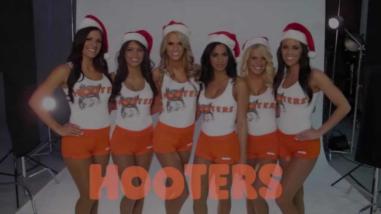 2012 Hooters Calendar Girls Tour at 670 The Score Chicago