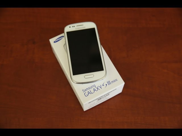 Galaxy S III Mini Unboxing & 1st Look