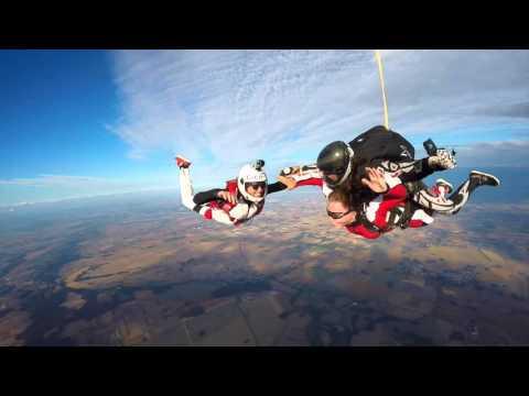 Hania tandem skydiving