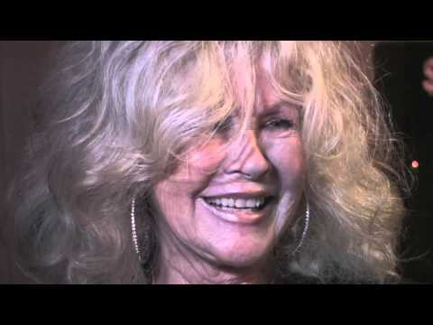 Connie Stevens arrives to Craig's Restaurant in West Hollywood