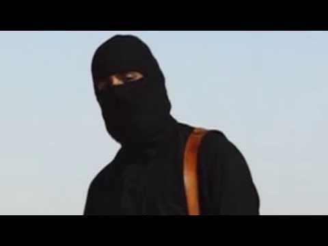 British Isis militant in James Foley video 'guards foreign hostages in Syria'