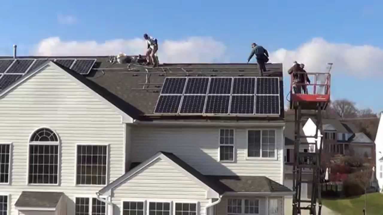 Residential Hybrid Solar Panel System Designed To Work On