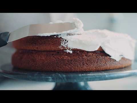 Deliciously Ella Vegan Sponge Cake