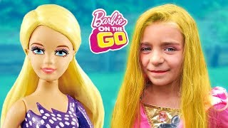 LAS RATITAS PRETEND PLAY WITH BARBIE DOLLS!!