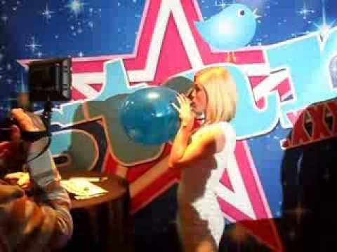 Balloon Popping Fun With Ash Hollywood video