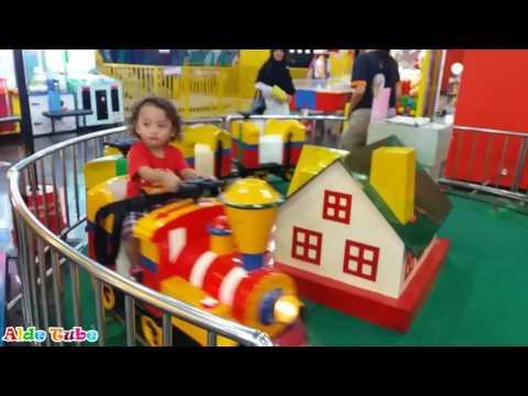 Deba Naik Kereta Api Tut Tut Tut - Indoor Playground Fun For Kids