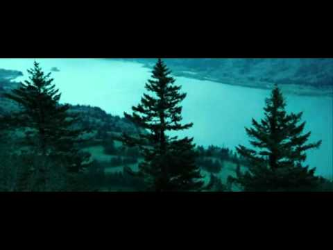 Twilight Piano Scene - Edward Cullen  - Bella's Lullaby -  High Quality video