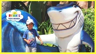 RYAN TOYSREVIEW Family Fun Vacation Trip Underwater Theme Restaurant Children Activities Kids Toys