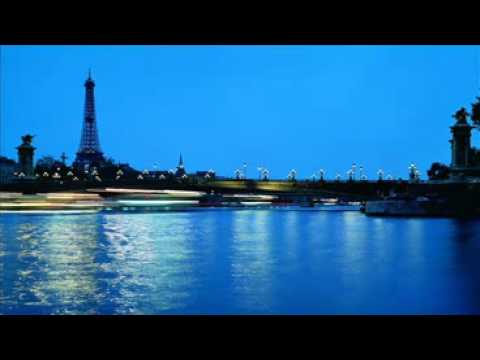 Les Pepees De Paris - Accordion Music.avi