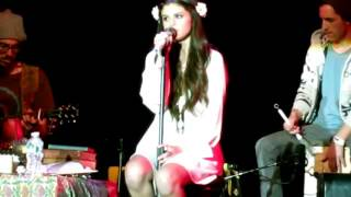 Selena Gomez Singing Dream live and playing harmonica Front row (stars dance)