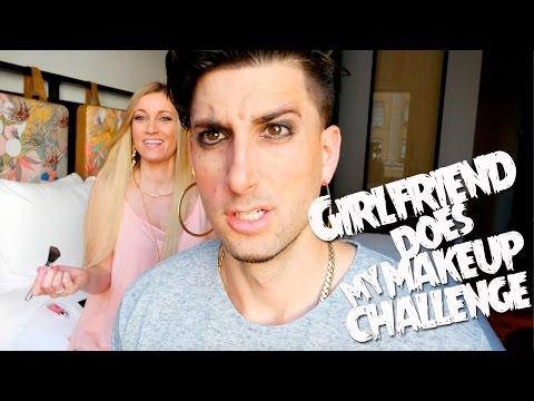 GIRLFRIEND DOES MY MAKEUP CHALLENGE / IN PUBLIC!!