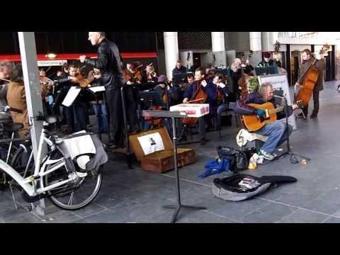Chuck Deely en het Residentie Orkest
