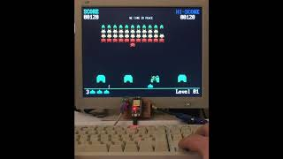 Space Invaders with ESP32 (FabGL library)