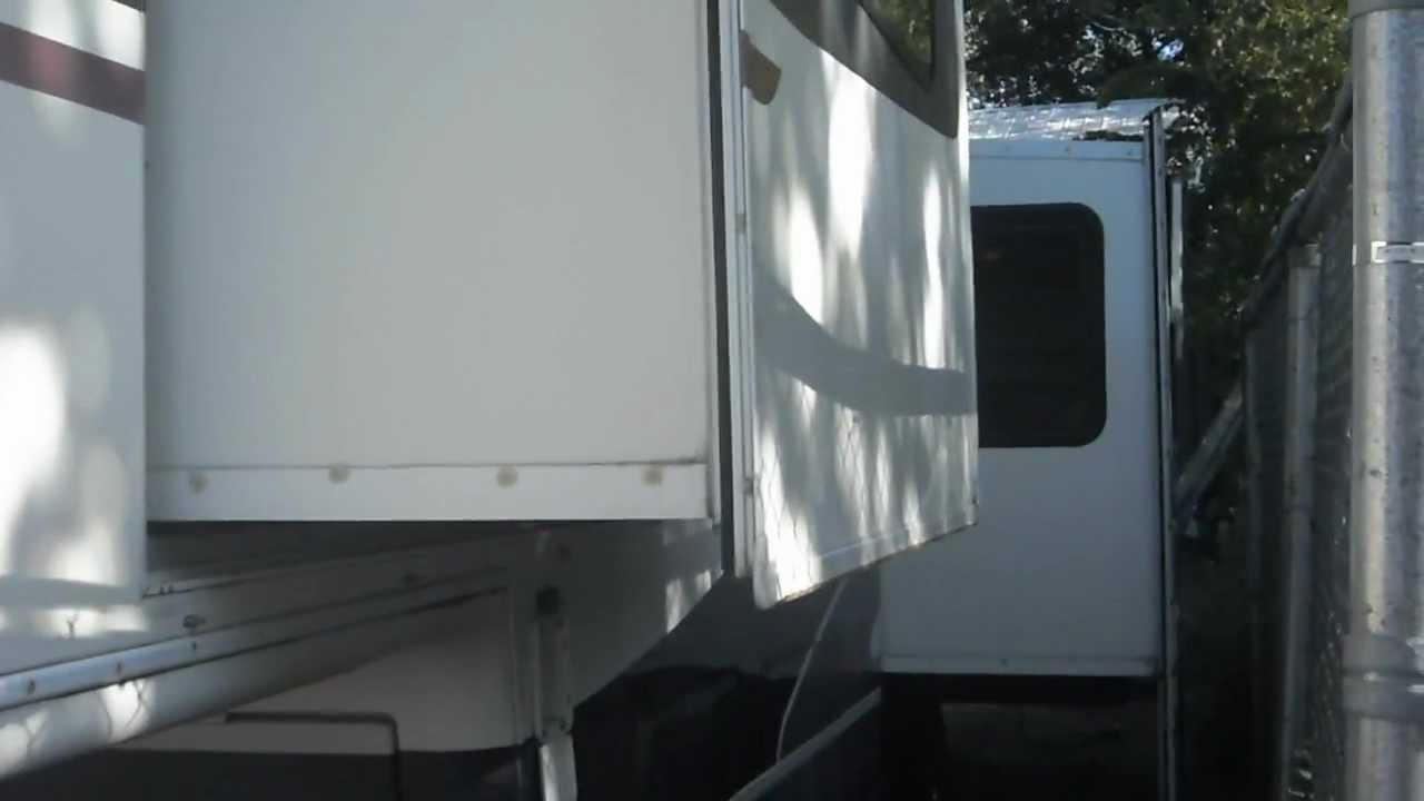 1995 travel trailer fleetwood avion  36 foot 5th wheel travel trailer