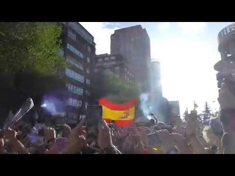 Llegada del autocar del Real Madrid. Real Madrid - Bayern Munich