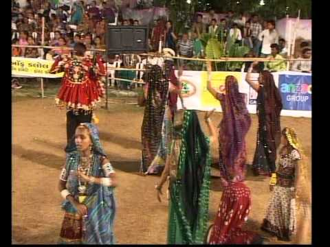Gujarati Garba Song Navratri Live 2011 - Lions Club Kalol - Rohit Thakor - Day-8 Part-6