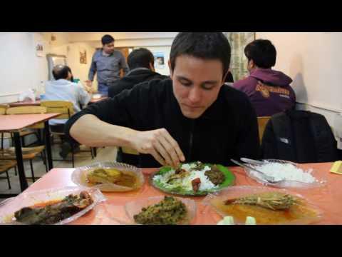 Bengali Seafood Feast at Bhojohori Manna in India