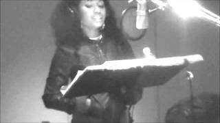 Watch Nicki Minaj Shopaholic video
