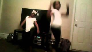 rock ya hips ( Ms.porsh ) Helena & Tytionna My lil cousins : )