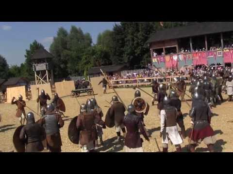 Бой рыцарей,славянских мужиков(ЖЯ)