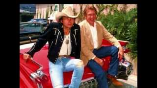 Watch Dwight Yoakam Alright Im Wrong video